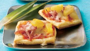 Mini Aloha Puff Pizzettes