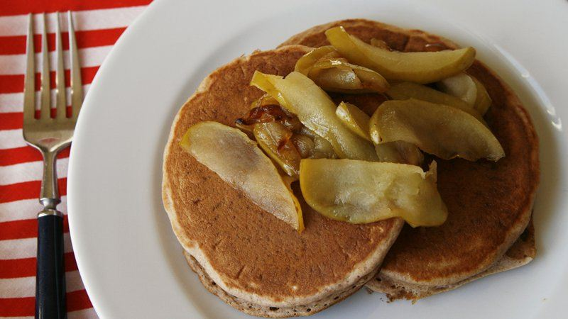 Apple Cinnamon Bisquick Pancakes