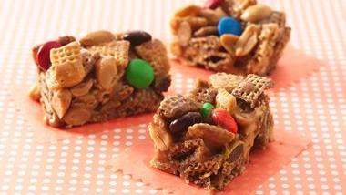 Gluten-Free Peanut and Chocolate Chex™ Bars