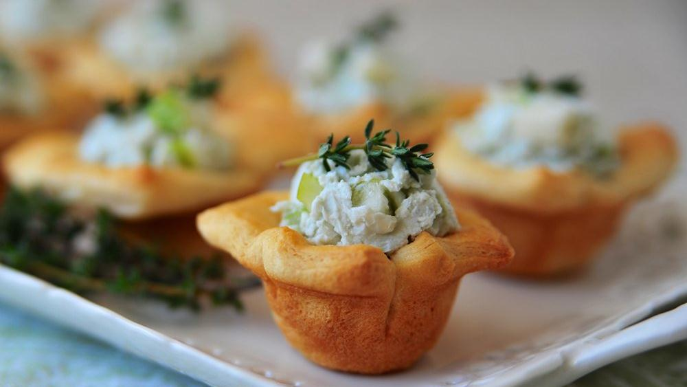 Gorgonzola and Pear Cups