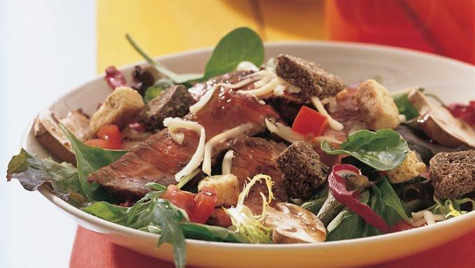 Grilled Balsamic Beef Salad recipe - from Tablespoon!