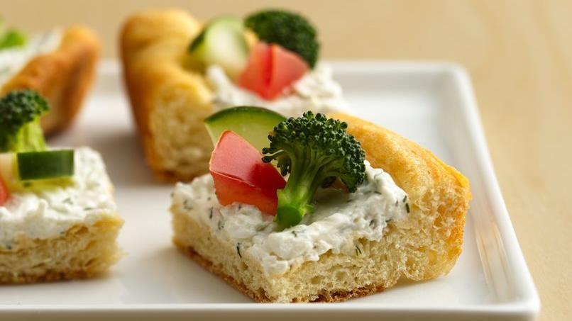 Reduced-Fat Crescent Veggie Pizza