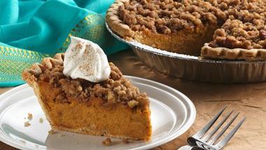Cinnamon Streusel Sweet Potato Pie