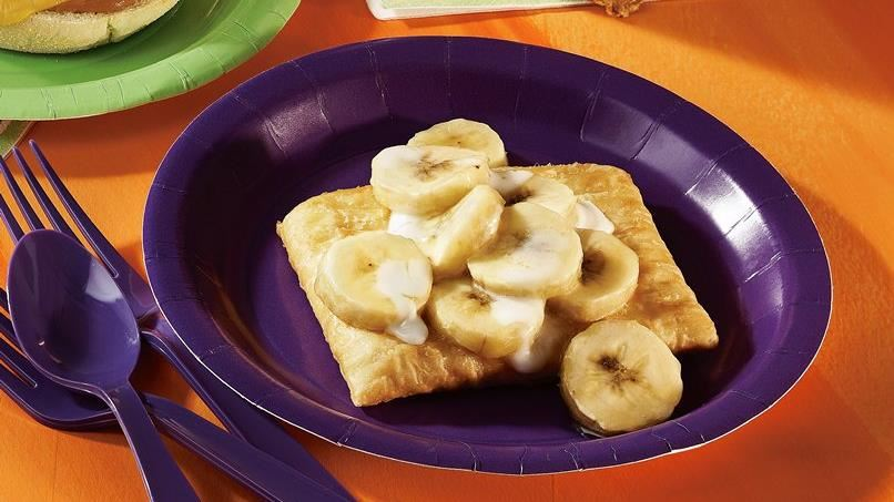 Banana-Apple Strudel
