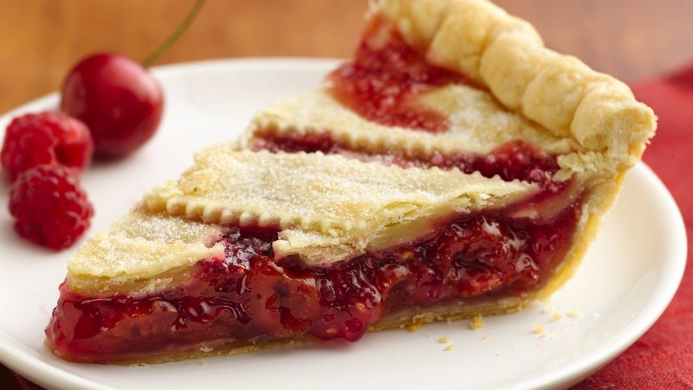 Cherry-Red Raspberry Pie