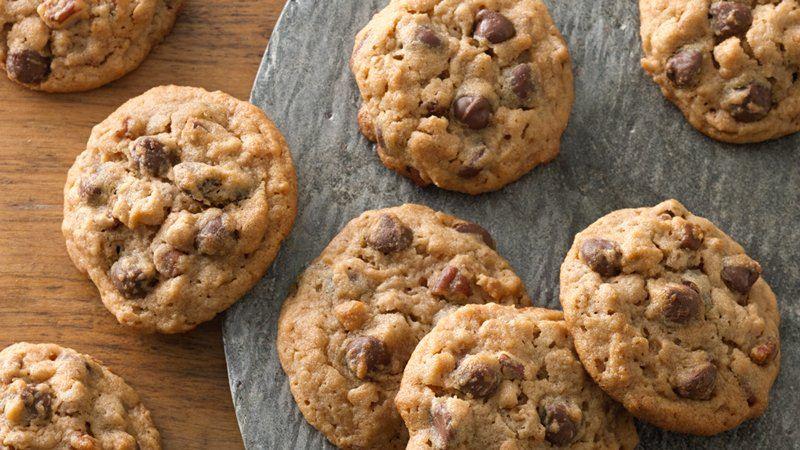 Peanut Butter-Pecan Chocolate Chip-Granola Cookies