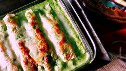Enchiladas de Espinacas con Salsa Poblana