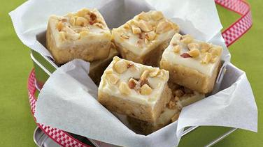 White Peanut Butter Fudge Bars