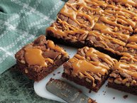 Gooey Caramel-Pecan Brownies