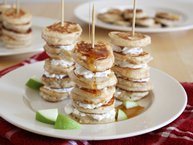 Mini Apple Pie Pancake Kabobs