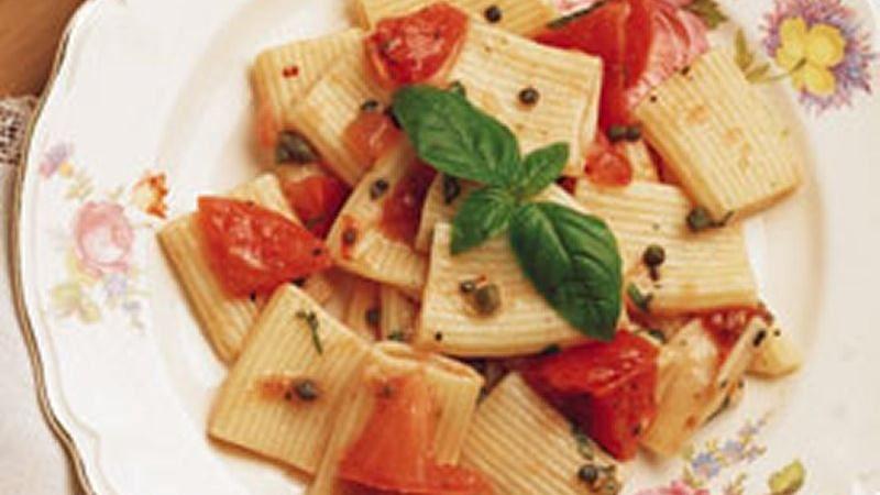Rigatoni and Tomatoes