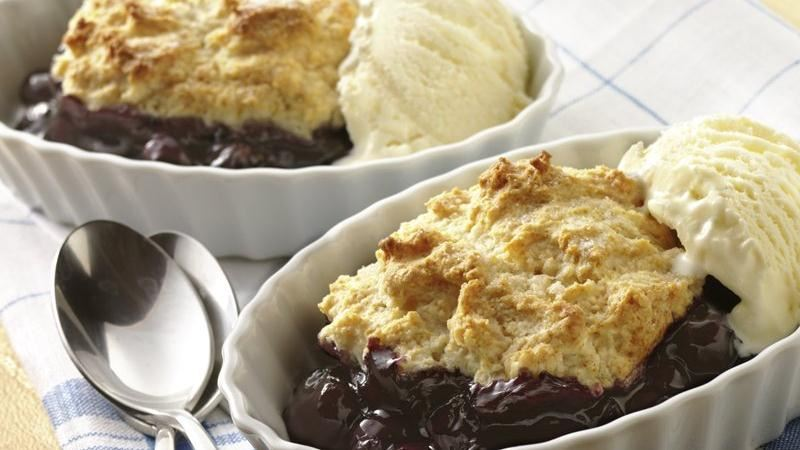 5-Ingredient Blueberry Cobbler