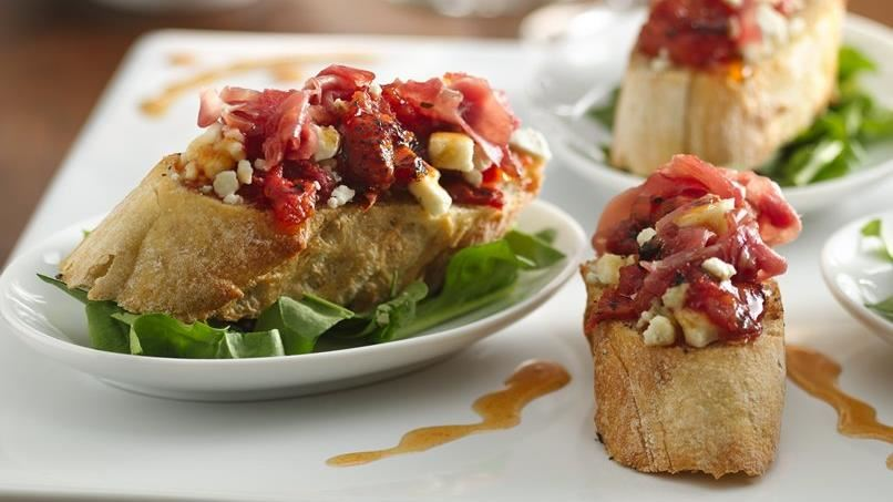 Tomato, Blue Cheese and Prosciutto Bruschetta