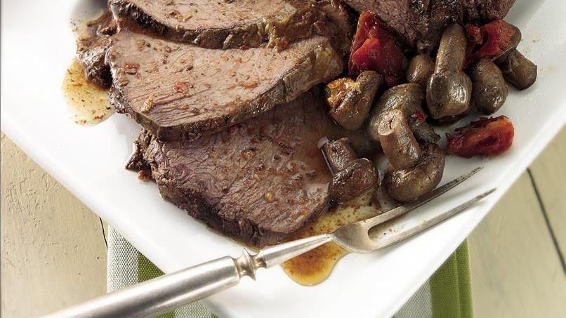 Slow-Cooker Garlic and Mushroom Beef Roast