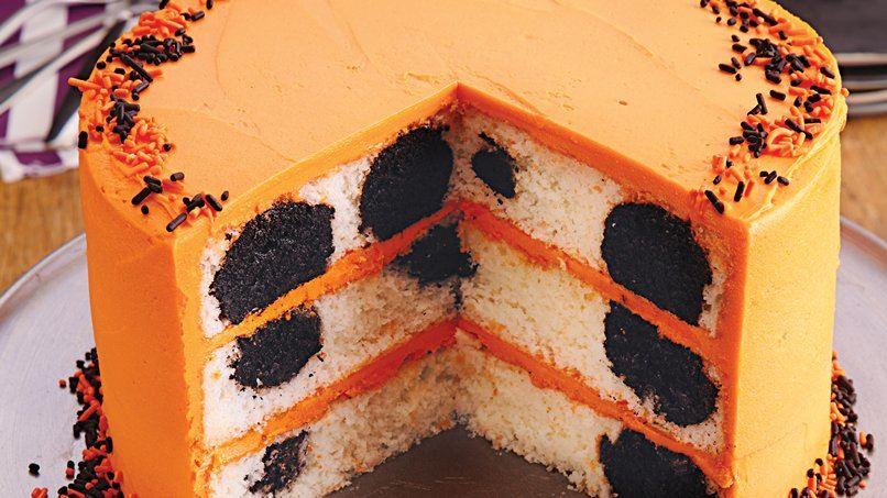 Halloween Surprise-Inside Cake