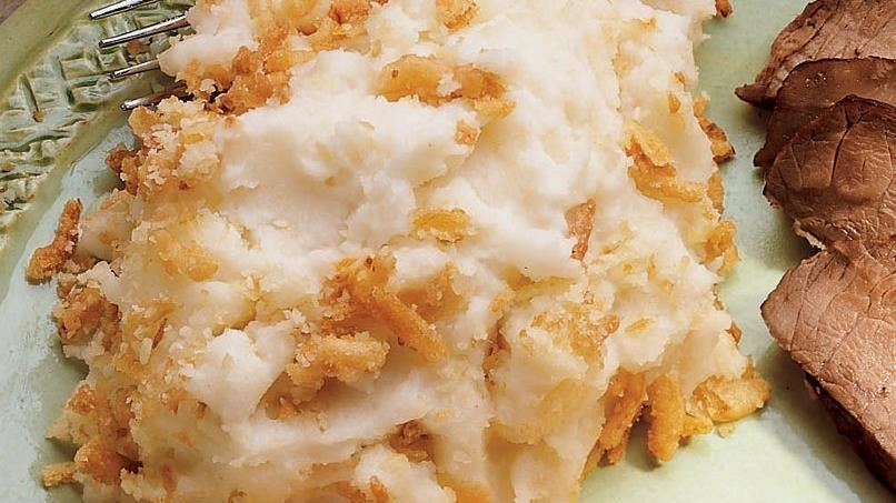 Garlic Mashed Potatoes with Crunchy Onions