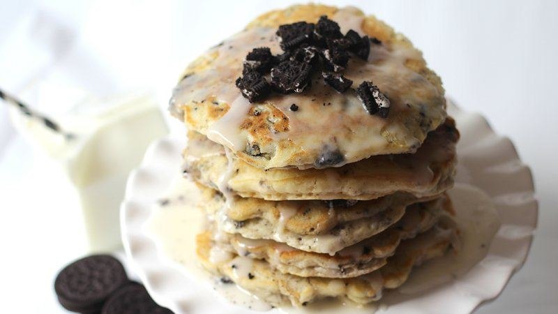 Cookies and Cream Pancake Cake