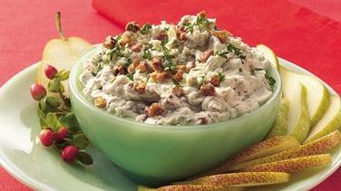 Gorgonzola and Toasted Walnut Spread