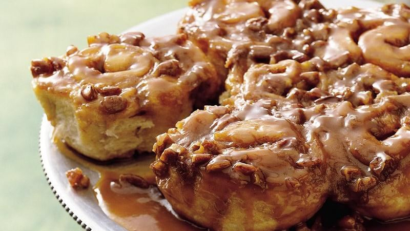 Easy Caramel Sticky Rolls