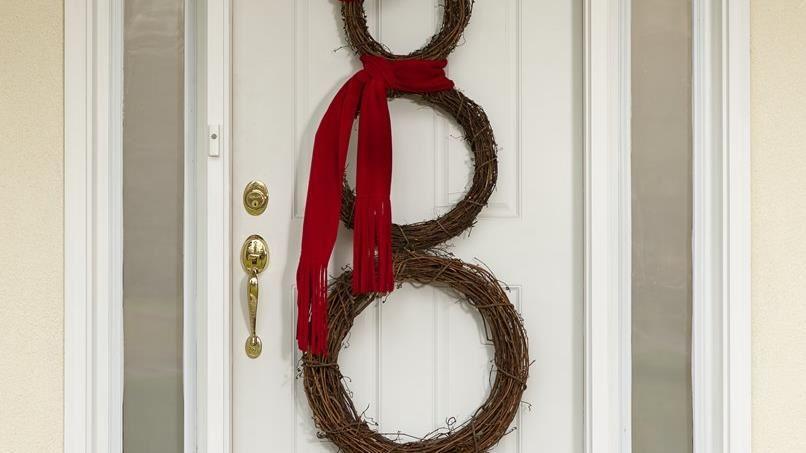 Jolly Snowman Wreath