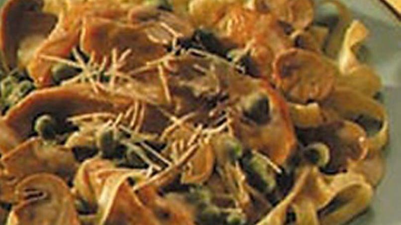 Chicken and Mushroom Fettuccine Alfredo