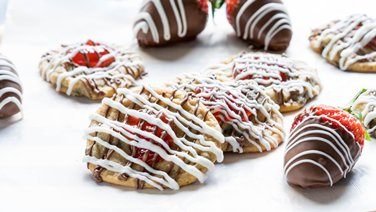Easy Chocolate-Strawberry Cookies