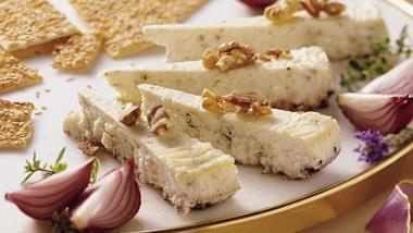 Gorgonzola Cheesecake with Toasted Walnuts