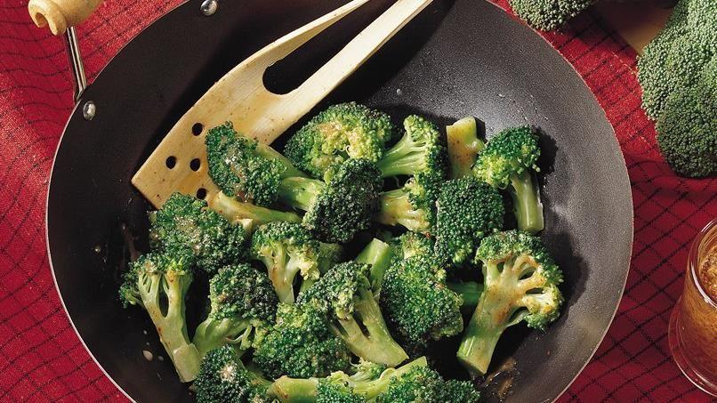 Stir-Fried Broccoli with Mustard Glaze