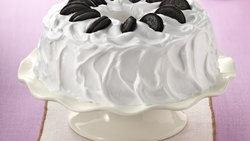 Cookies and Cream Angel Cake