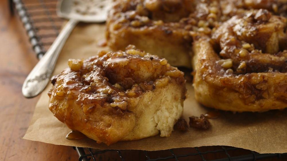 Overnight Caramel Apple Rolls