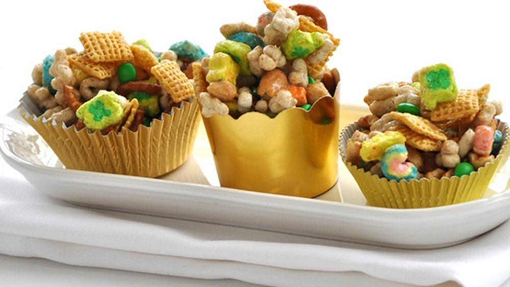 Pot o' Gold Snack Mix