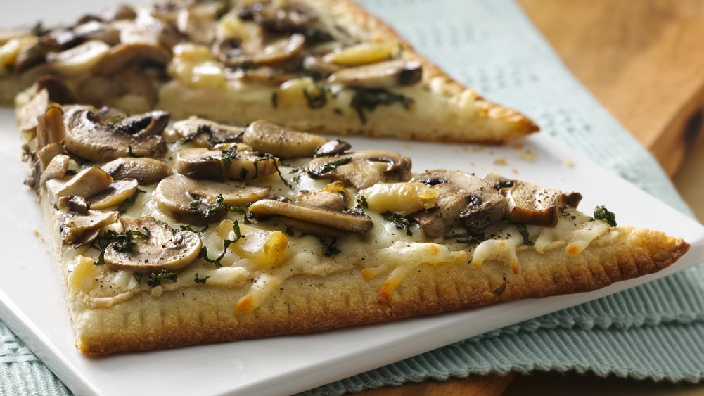 Roasted Garlic and Mushroom Flatbread