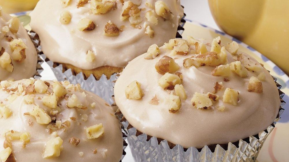 Banana-Nut Cupcakes with Maple Frosting