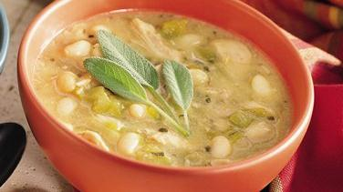 Slow-Cooked White Chili with Chicken