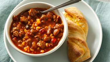 Easy Chili with Twisted Cheesy Cornsticks