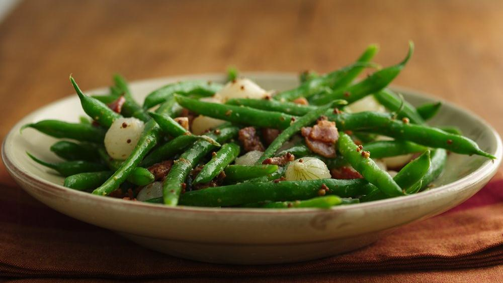 Green Beans with Pearl Onions and Bacon