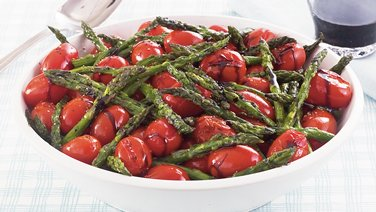 Roasted Asparagus Tomato Toss