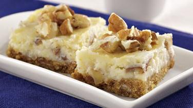 Italian Cream Cheesecake Bars