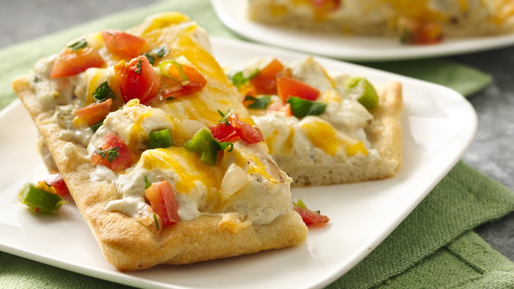 Creamy Green Chile Chicken Pizza