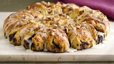 Blueberry Cinnamon Roll Coffee Cake