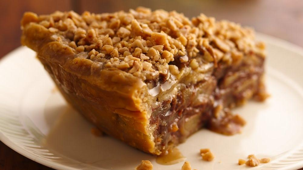 Apple-Pear Praline Pie