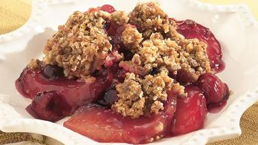 Gingered Apple-Berry Crisp