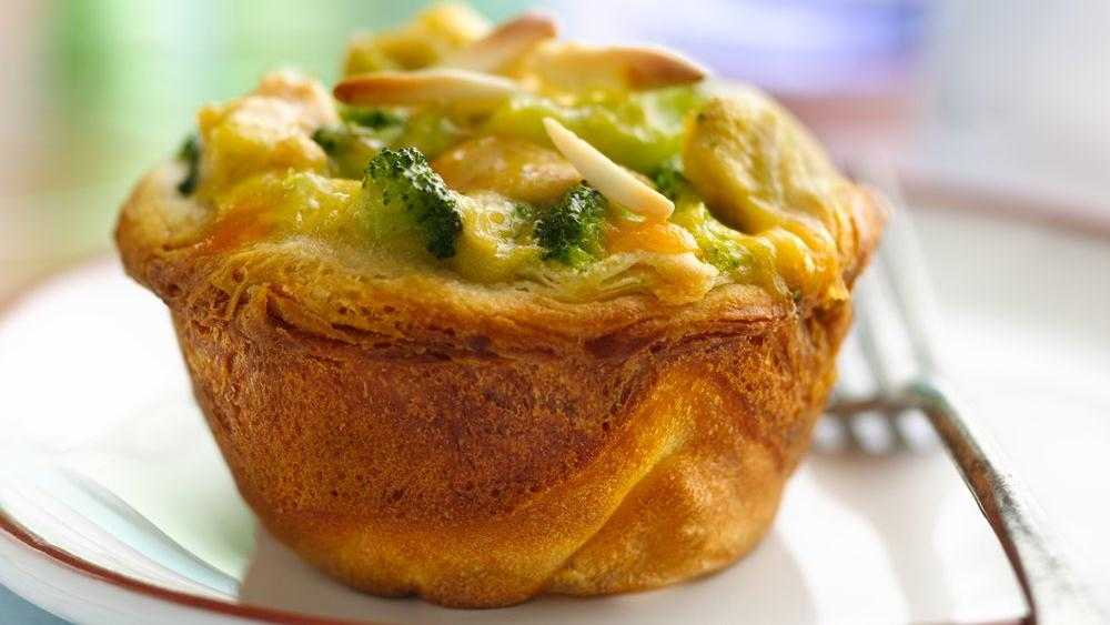 Chick and Broccoli Pot Pies