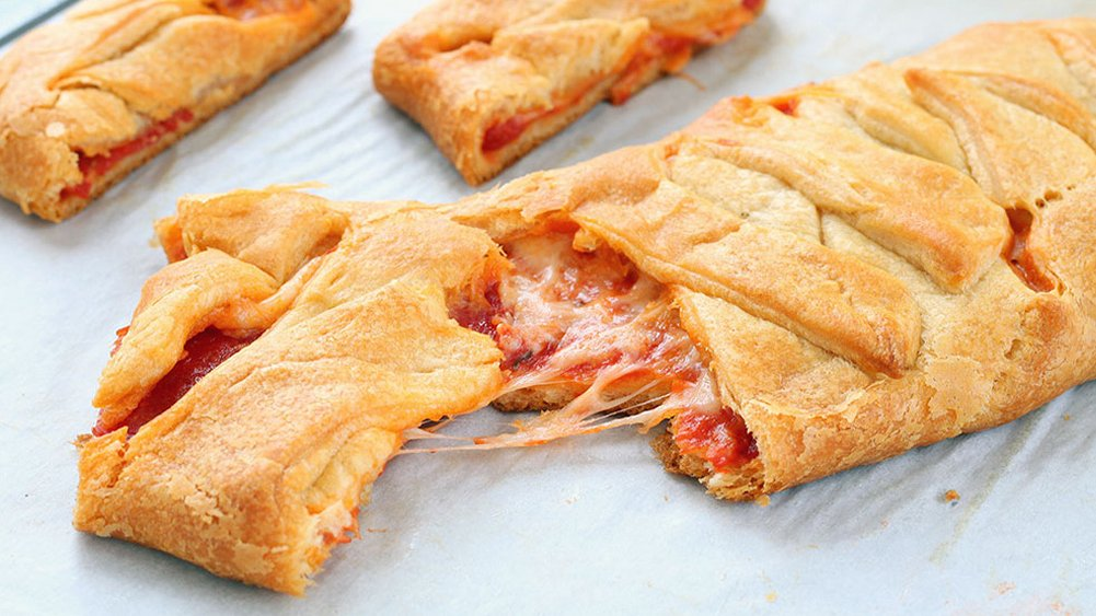 Pepperoni Pizza Braid Recipe From Pillsbury Com