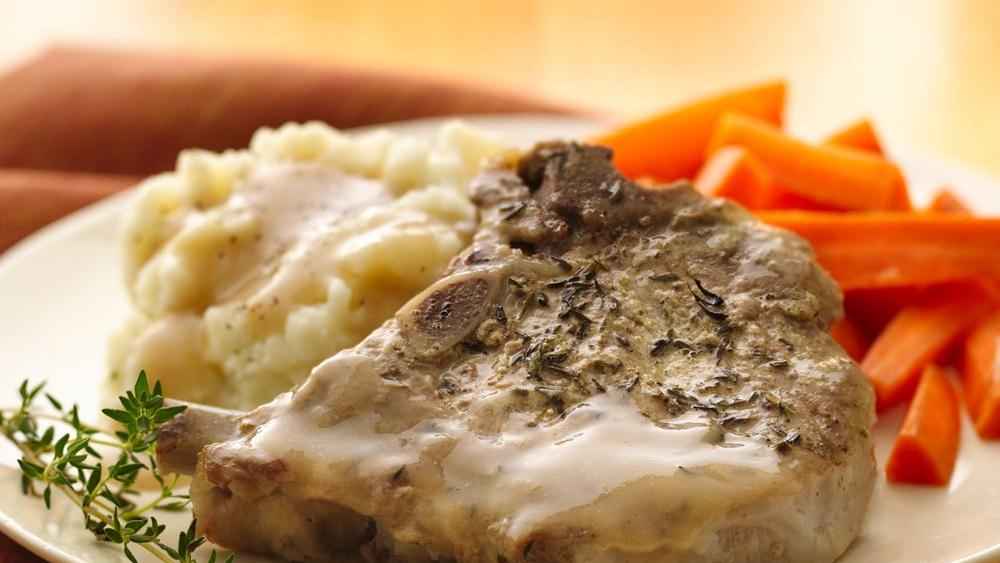 Pork Chops with Mustard-Thyme Gravy