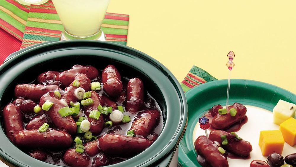 Cocktail Sausages in Crimson Sauce