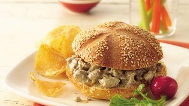 Slow-Cooker Cheeseburger Sandwiches